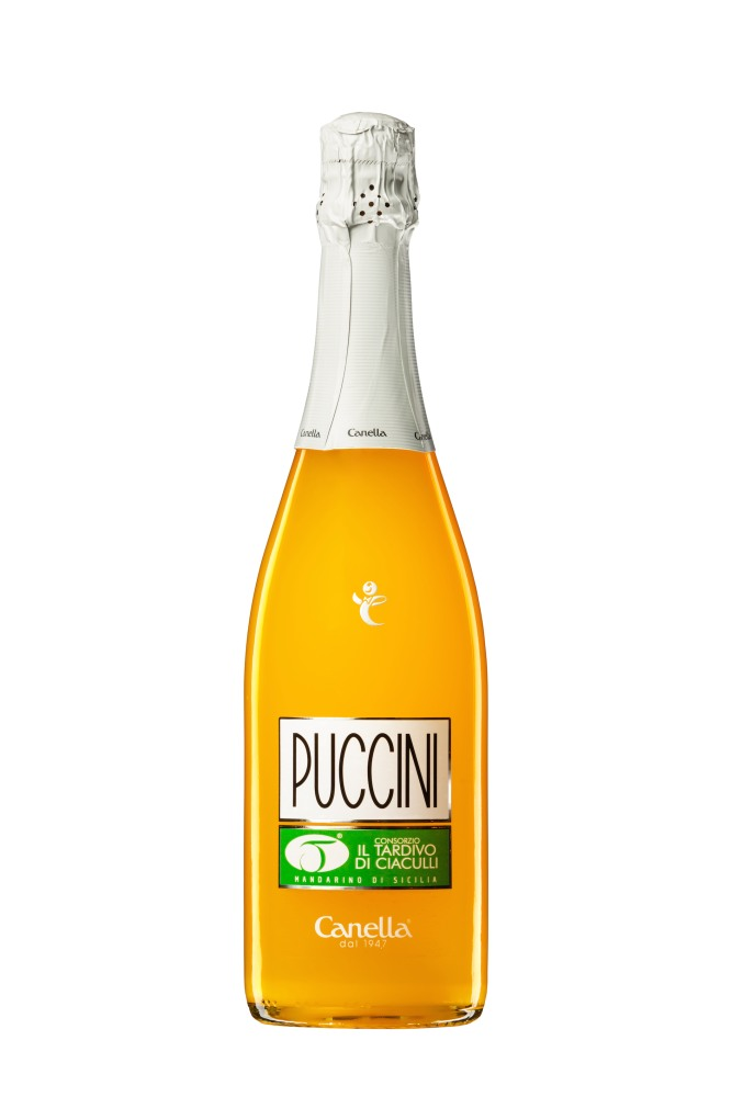 Puccini: cocktail with prosecco and tangerin