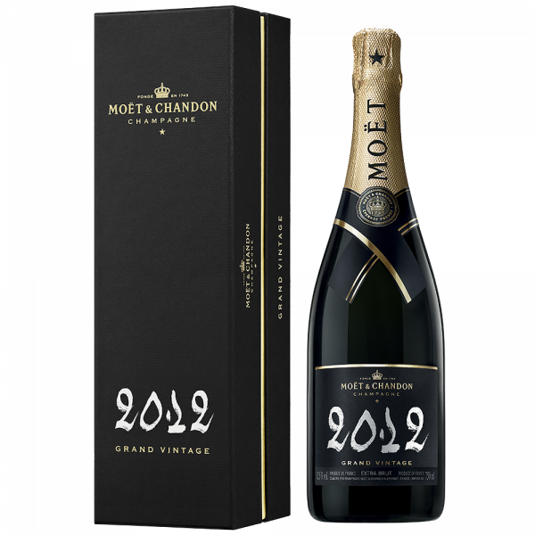 Шампанско Моет Грандо Гранд Винтидж 2012 с кутия